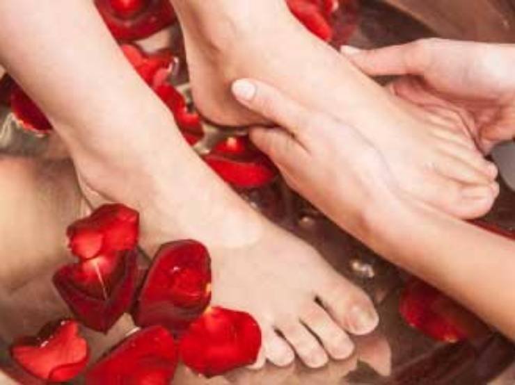 pedicure-service-tn.jpg